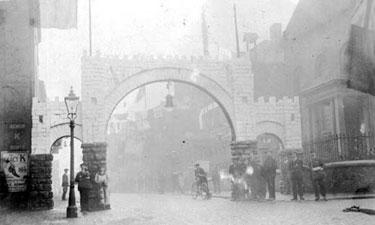 Northwich: Salt Arch in Witton Street