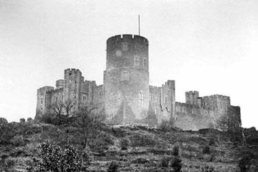 Peckforton: Peckforton Castle