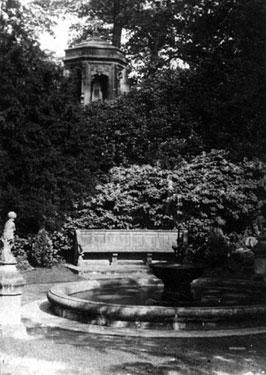 Whitegate: Vale Royal, Memorial to Lady Delamere