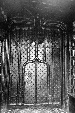 Dutton: Doorway at Dutton Hall