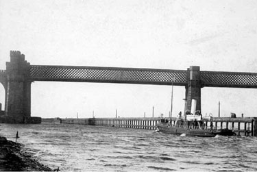 Manchester Ship Canal: Runcorn Railway Bridge