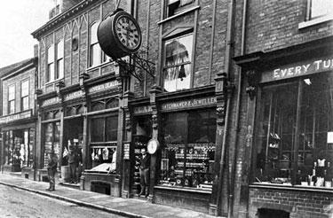 Northwich: Elam's Clock, Witton Street