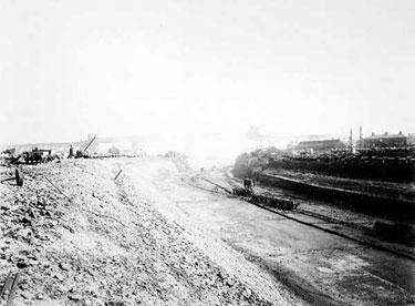 Manchester Ship Canal: Construction near Runcorn