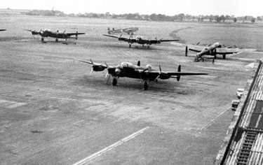 Woodford: Lancaster Bombers