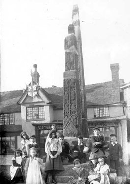 Sandbach: View of Children at the Crosses