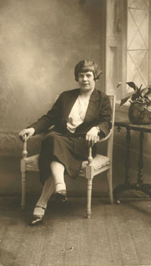 Place unknown: Unidentified woman