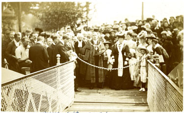 Congleton: Mayor of Congleton opening a bridge.