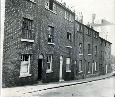 Macclesfield: Paradise Street